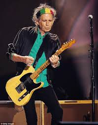 keith richards headband the rolling stones apologise for arriving late at adelaide oval in