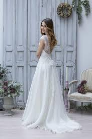 robe de mari e boheme chic robe de mariée bohème chapka doudoune pull vetement d hiver