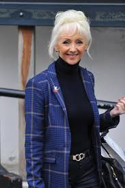 How To Be Comfortable Dancing How Old Is Debbie Mcgee And Is She A Trained Dancer Strictly Come