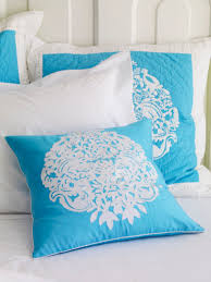 bedroom lilly pulitzer bedding in white and blue theme