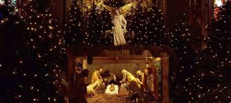 difference between thanksgiving and christmas is this the end of the christmas season or the beginning word