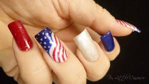 weekly mani 4th of july
