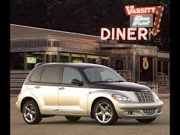 2004 chrysler pt dream cruiser series 3 front angle 1024x768