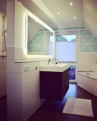 badspiegel led beleuchtung badspiegel mit beleuchtung komplettiert unsere badezimmerplanung
