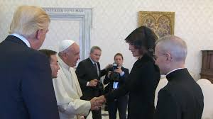 trump pope francis melania trump has rosary blessed by pope francis after they joke
