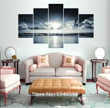 Wall Decor Above Couch by How To Decorate A Living Room Wall 1000 Ideas About Wall Behind