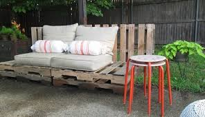 Patio Table Decor Diy Making Your Own Pallet Patio Furniture Decor Around The World