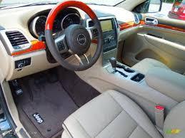 jeep interior lights dark frost beige light frost beige interior 2013 jeep grand