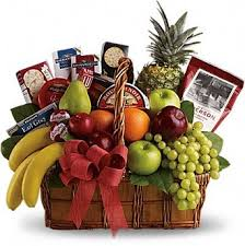 christmas gift basket ideas a great gift to give amore fiori