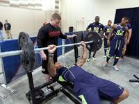 Nfl 225 Bench Press Record Training For The Nfl Combine Bench Press Test Nfl Com