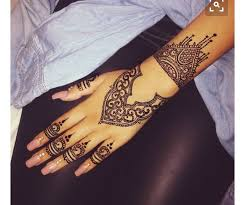 74 best henna images on pinterest creative draw and henna ideas