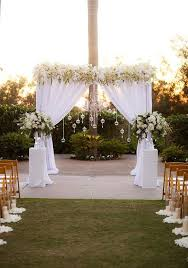 New Year S Eve Outdoor Decorations by Tips If You Have Plan A New Year U0027s Eve Wedding On Budget For