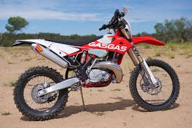gas gas motocross bikes 2018 gas gas xc 300 and ec 300 review 10 fast facts