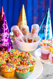 Decorating Tips For New Years Eve Party by Pop The Confetti New Year U0027s Eve For Kids Play Party Plan