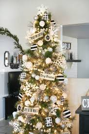White Christmas Tree With Gold Decorations Black U0026 White Christmas Tree Decor