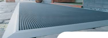 Commercial Flooring Systems Vg Frontrunner Commercial Grid Matting System From Gelder