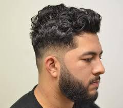 coupe cheveux bouclã s homme 15 coiffures pour cheveux bouclés coupe de cheveux homme