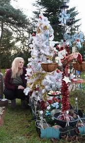 Christmas Grave Decorations Devastated Mum Has Been Ordered To Take Down Christmas Tree From