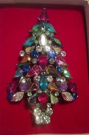 best 2006 avon collectible christmas tree pin for sale in menifee