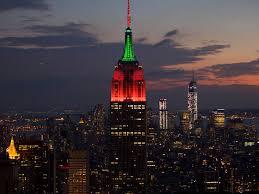 empire state building lights tonight empire state building will play a holiday light show tonight