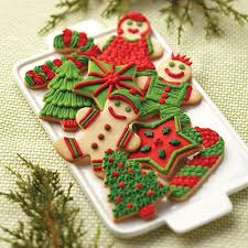 decorated christmas cookies sugar cookie family christmas cookies wilton
