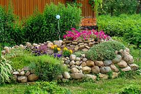 Flowers For Backyard by 20 Blooming Rock Garden Design Ideas And Backyard Landscaping Tips