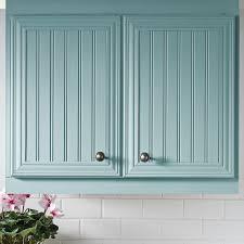 refaire les armoires de cuisine poser du lambris sur des armoires de mélamine en é
