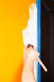 what is the best paint to buy for kitchen cabinets how to paint a room 10 steps to painting walls like a diy