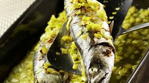 cuisiner des maquereaux recette maquereaux aux poireaux émincés cuisiner maquereaux