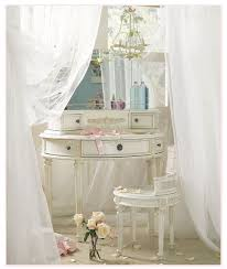 Vintage Style Vanity Table Nice Old Vanity Table With Mirror With Vintage Dressing Table