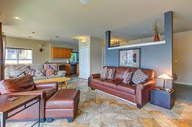 Lakefront Getaway 3 Bd Vacation Rental In Wa by Northshore 3 Bd Vacation Rental In Wa Vacasa