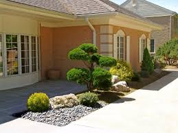 Garden Ideas For Small Front Yards - oriental garden design for small front yard front yard design