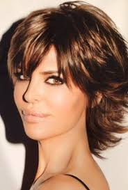 how does lisa rinna cut her hair lisa rinna imdb