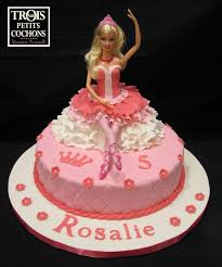 facebook themes barbie 494 best doll cakes images on pinterest barbie cake birthdays and