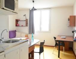 location chambre valence logement étudiant chambre meublé à valence proximité commerces et