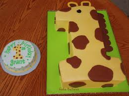 giraffe cake best 25 giraffe birthday cakes ideas on jungle