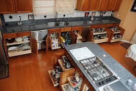 three benefits of having pull out shelves in your kitchen