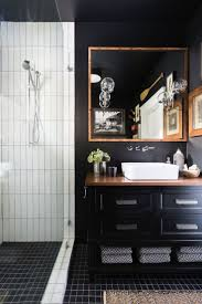 Dark Bathroom Ideas by Best 10 Black Bathrooms Ideas On Pinterest Black Tiles Black