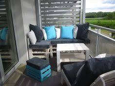 balkon jalousie voor en na klein balkon wordt schitterende minituin modern pin