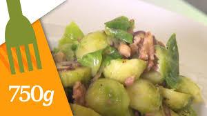 cuisiner des choux de bruxelles frais recette de poêlée de choux de bruxelles aux lardons 750 grammes