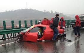 lamborghini veneno crash ferrari accident photos ferrari prestige cars
