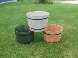 tm1814 tm2414 cedar whiskey barrel planters cedar planters