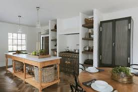 coin repas dans cuisine cuisine coin repas avec déco traditionnelle et chaleureuse