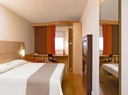 chambre hotel ibis hôtel ibis bayeux port en bessin tourisme calvados