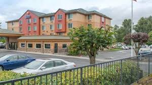 Comfort Inn Suites Airport And Expo Portland Oregon Hotel Discounts Hotelcoupons Com