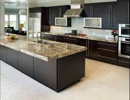 plans de cuisines cuisine plan de travail en îlot de cuisine moderne clair en granit