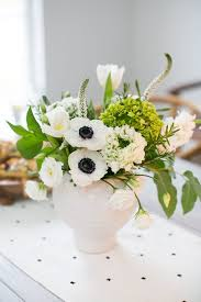 how to make flower arrangements how to make a stunning modern flower arrangement hello glow