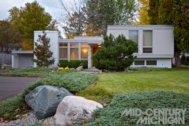 Mid Century Modern Homes For Sale by Mid Century Modern Homes For Sale Grand Rapids Michigan Home Modern