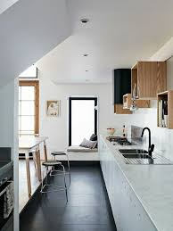 cuisine sol blanc kreativ cuisine sol noir design peinture blanche bois pour