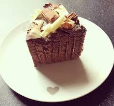 Celebration Cakes Cadbury Flake Celebration Cake Nibbles U0027n U0027 Scribbles